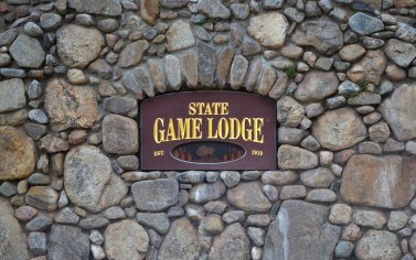 edited 6 south-dakota-custer-state-park-game-lodge-campground-state-game-lodge-sign