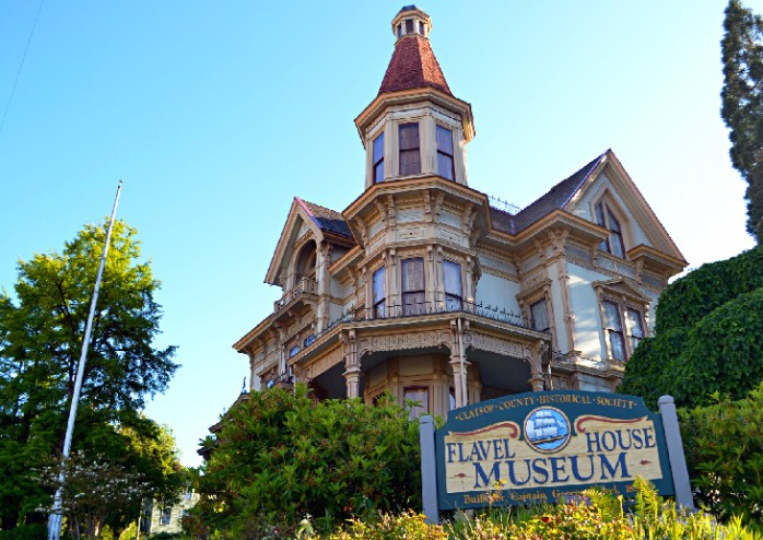 oregon-astoria-best-weekend-trip-oregon-astoria-flavel-house-museum