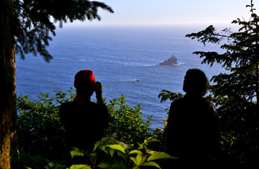 oregon-ecola-state-park-best-campground-tillamook-head-backpackers-camp-tillamook-rock-lighthouse