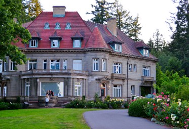oregon-portland-best-hiking-trails-wildwood-trail-pittock-mansion