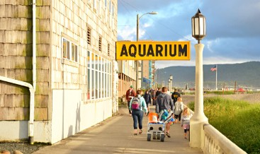 oregon-seaside-top-rated-day-trips-weekend-getaways-portland-seaisde-promenade-aquarium