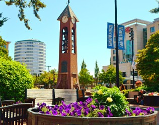 top-rated-attractions-things-to-do-washington-vancouver-esther-short-park-bell-tower