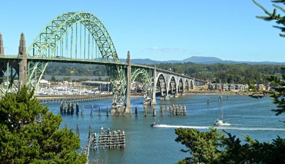 top-small-towns-oregon-coast-newport