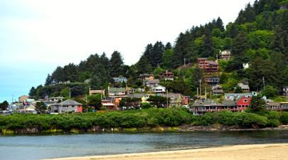 top-small-towns-oregon-coast-yachats